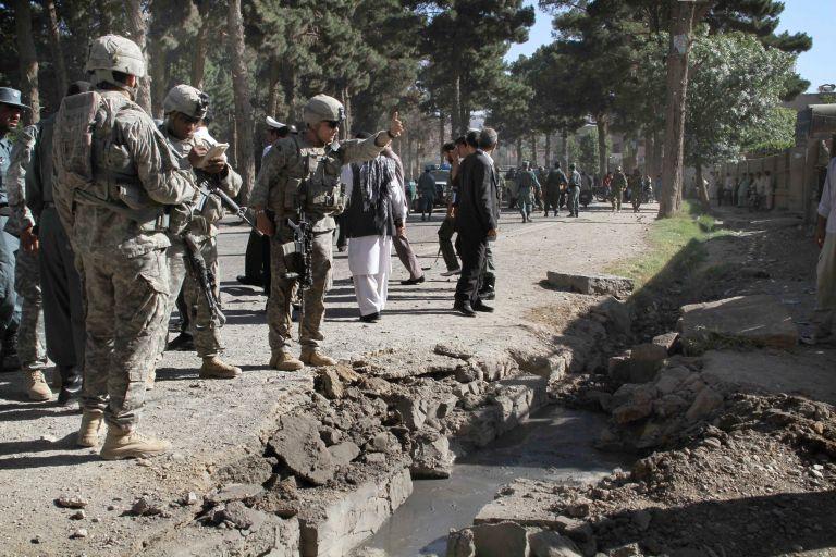 «Υποπτη και αδιέξοδη παγίδα» το Αφγανιστάν, σύμφωνα με τον  γαλλικό Τύπο | tovima.gr