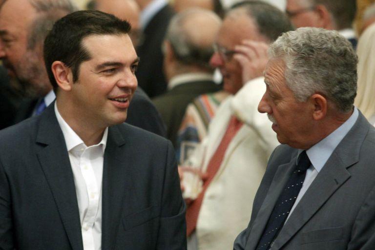 Οι μυστικές συνομιλίες ΣΥΡΙΖΑ-ΔΗΜΑΡ πριν την 1η ψηφοφορία για Πρόεδρο | tovima.gr