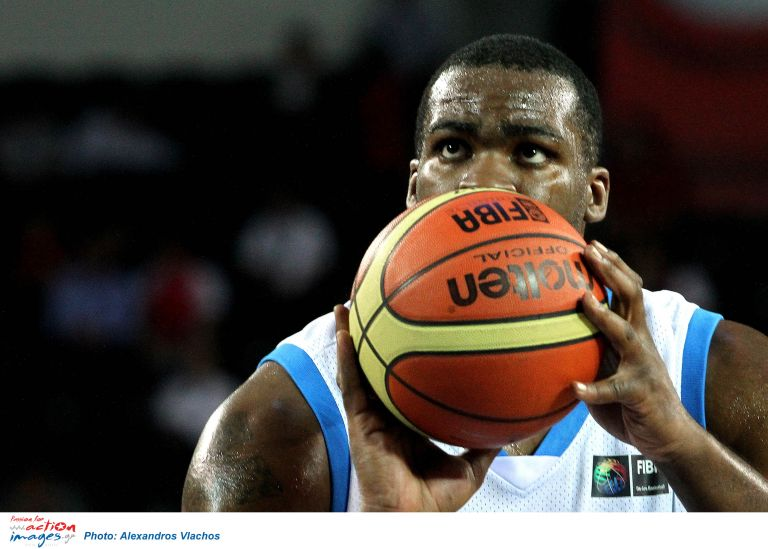 Εφυγε από την Εθνική μπάσκετ ο Σοφοκλής Σχορτσανίτης | tovima.gr