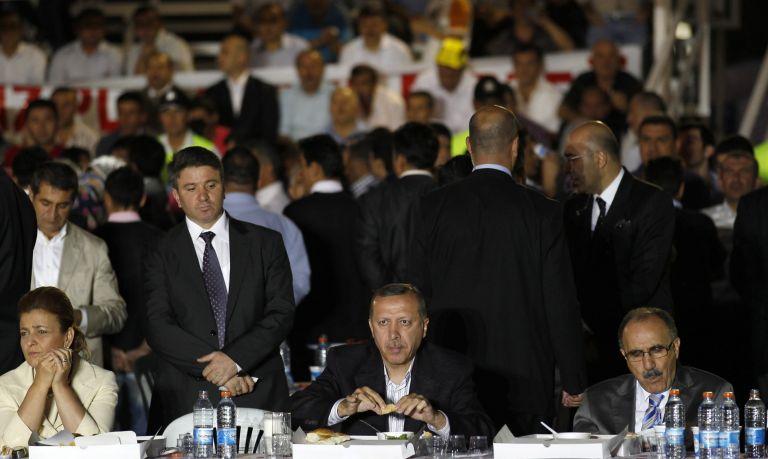 <b>Τουρκία</b>«Ναι» στο δημοψήφισμα από το 57,4% σύμφωνα με δημοσκοπήσεις | tovima.gr