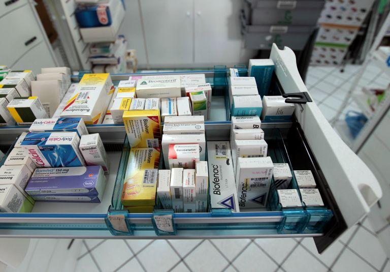 «Η μείωση των τιμών φαρμάκων οδηγεί σε ακριβότερα εισαγόμενα», λένε οι φαρμακοβιομήχανοι | tovima.gr