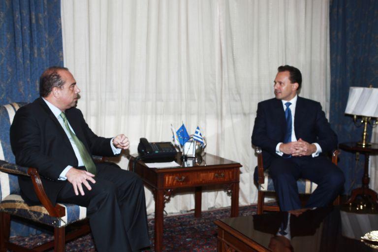 <b>Δημήτρης Δρούτσας</b>«Αμεση προτεραιότητα της ελληνικής εξωτερικής πολιτικής το Κυπριακό» | tovima.gr