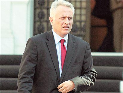 Ι. Ραγκούσης, ο υπερσυντονιστής   tovima.gr