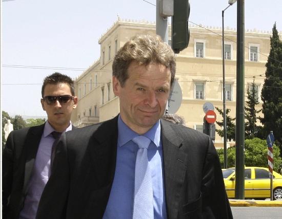 <b>Τρόικα</b>Ανοικτό το ενδεχόμενο να παραταθεί η στήριξη της Ελλάδας και πέραν του 2013 | tovima.gr