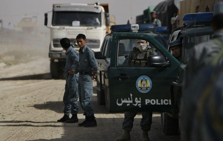 <b>Αφγανιστάν</b>Με αίμα απειλούνται να βαφτούν οι βουλευτικές εκλογές | tovima.gr