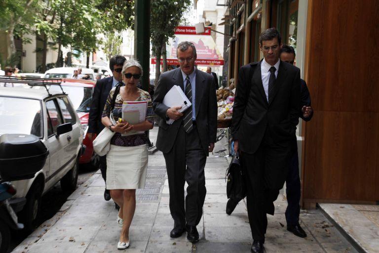 <b>Γ. Παπακωνσταντίνου – τρόικα </b>Ολοκληρώθηκε η συνάντηση στις 22.00 | tovima.gr