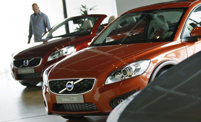 «Καταρρέει η αγορά αυτοκινήτου» επισημαίνει ο ΣΕΑΑ | tovima.gr