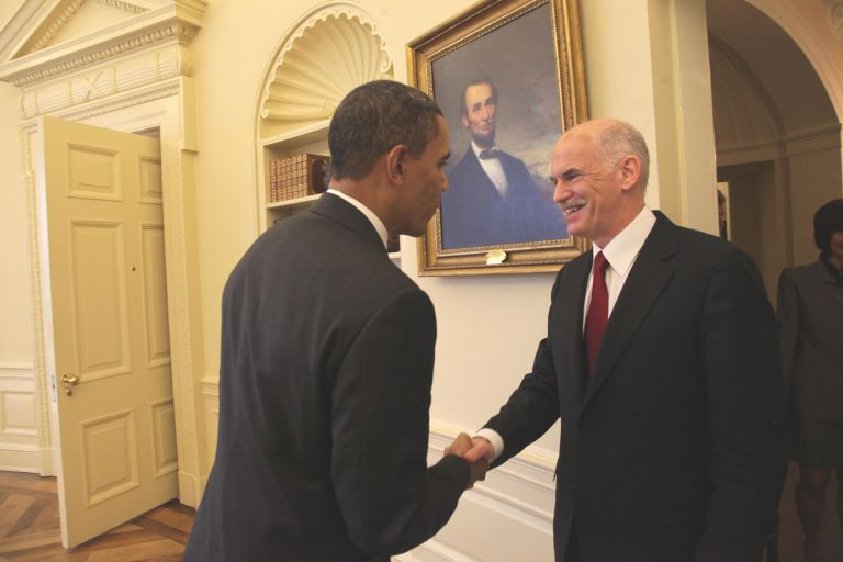 <b>Παπανδρέου-Ομπάμα </b>Δεκάλεπτο τετ-α-τετ λίγο πριν αναχωρήσει o Πρωθυπουργός από Νέα Υόρκη για Αθήνα   tovima.gr