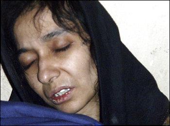 <b>Πακιστάν </b>Μαζικές διαδηλώσεις για τον επαναπατρισμό της 38χρονης καταδικασμένης | tovima.gr
