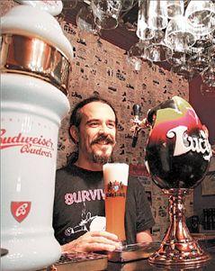 <b>Ανθούν  τα στέκια  της μπίρας</b> Ξανθές, μαύρες ή κόκκινες για κάθε γούστο | tovima.gr