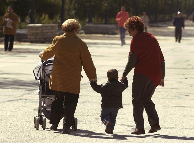 <b>Ισπανία</b>Σε απεργία καλεί συνδικάτο «κουρασμένους» παππούδες και γιαγιάδες   tovima.gr