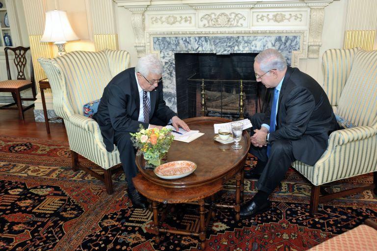 <b> Μαχμούντ Αμπάς</b> Zητεί την επιβολή μορατόριουμ με το Ισραήλ «όσο θα διεξάγονται οι διαπραγματεύσεις»   tovima.gr