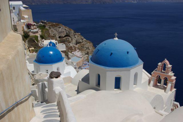 Σαντορίνη: Ξεκινά 12μηνη λειτουργία με 100 ξενοδοχεία ανοιχτά | tovima.gr