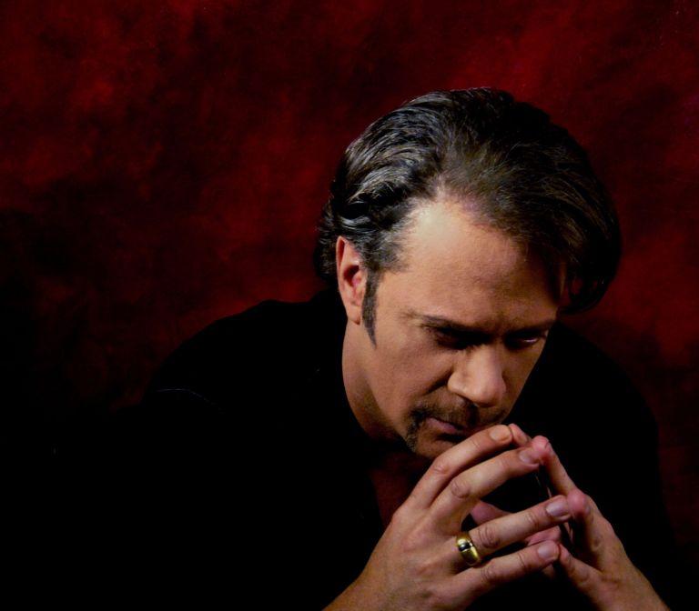Ο Στέφανος Κορκολής στο Ηρώδειο για το «ΜΑΖΙ ΓΙΑ ΤΟ ΠΑΙΔΙ» | tovima.gr