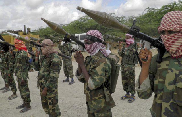 Υεμένη: Αμερικανό όμηρο απειλεί να εκτελέσει η Αλ Κάιντα | tovima.gr