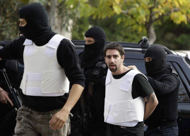 Evi Statiri makes public appeal for an end to prisoner hunger strike   tovima.gr