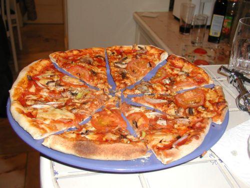 Τους Τούρκους ταΐζει η ελληνική αλυσίδα Pizza Fan | tovima.gr