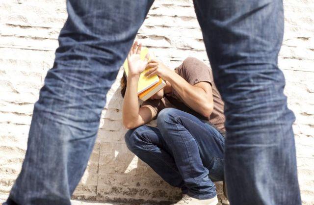 Γιατί ο εκφοβισμός φωλιάζει στα σχολεία; | tovima.gr