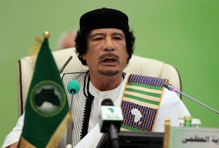 Θα μείνω μέχρι τέλους διαμηνύει ο Καντάφι | tovima.gr