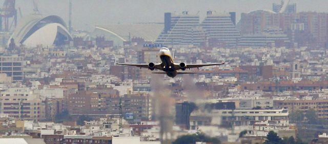 Η κλιματική αλλαγή δυσκολεύει τις απογειώσεις αεροπλάνων | tovima.gr