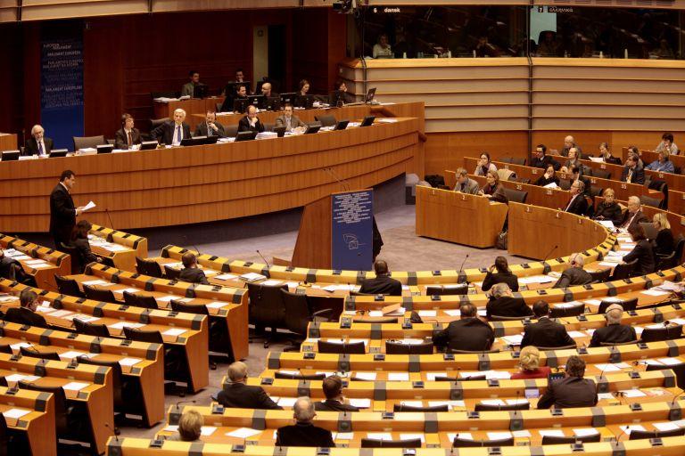 «Ναι» στο φόρο χρηματοπιστωτικών συναλλαγών από το Ευρωκοινοβούλιο   tovima.gr