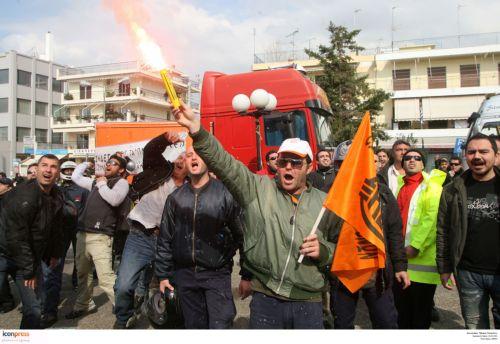 Διχασμένη απεργία στις συγκοινωνίες | tovima.gr