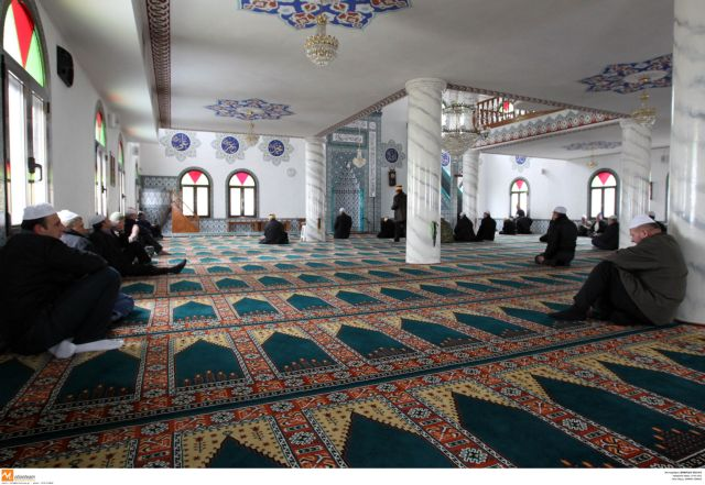 Ministry allocates funds for Athens mosque | tovima.gr