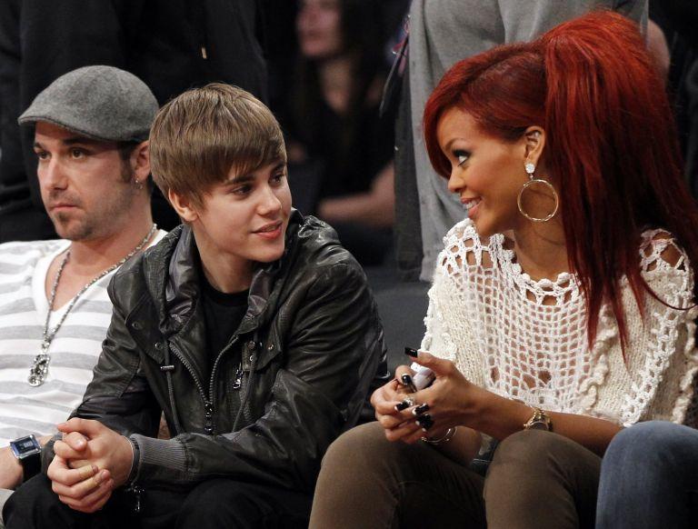 Rihanna, Justin Bieber και U2…   tovima.gr