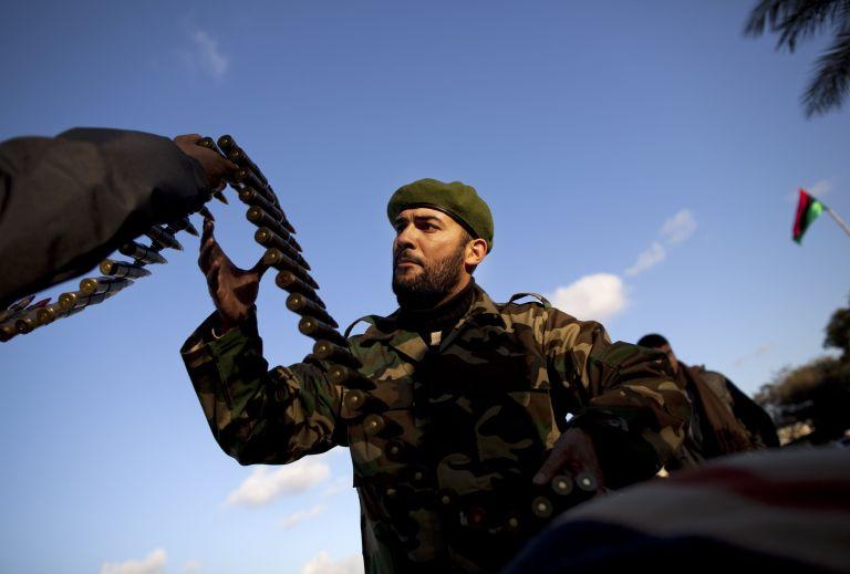 Ομπάμα  – Χάρπερ:  Να σταματήσει η βίαιη καταστολή στη Λιβύη | tovima.gr