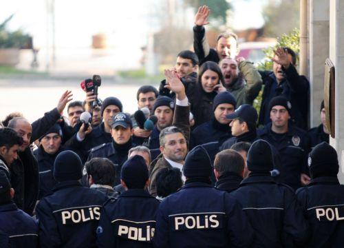 Συλλήψεων συνέχεια στην Τουρκία | tovima.gr