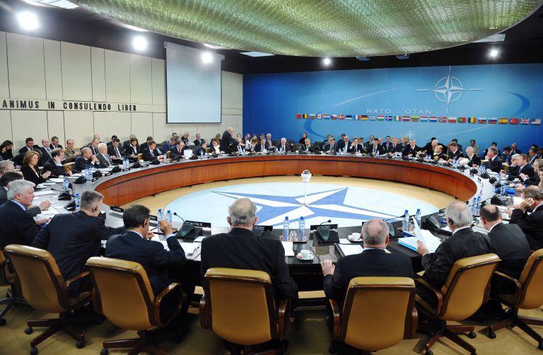 Διχασμένο το ΝΑΤΟ συνεδριάζει πάλι για τη Λιβύη | tovima.gr