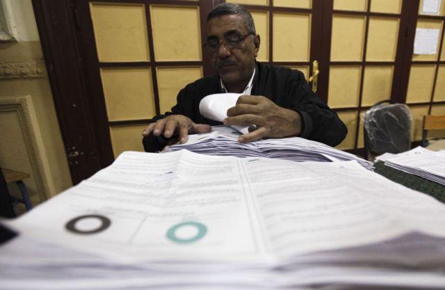 Οι Αιγύπτιοι ψηφίζουν «ναι» στο δημοψήφισμα | tovima.gr