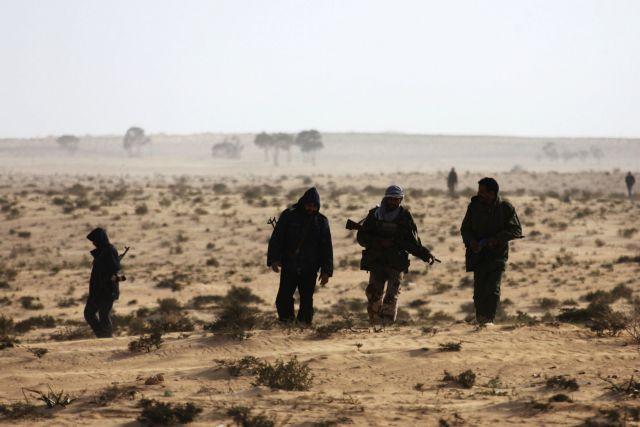 Ομηροι του Καντάφι τρεις ρεπόρτερ | tovima.gr