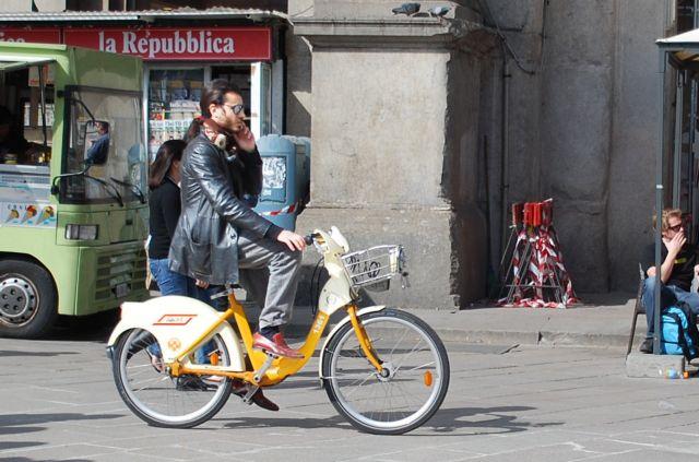 Οι Ευρωπαίοι αγοράζουν περισσότερα ποδήλατα παρά αυτοκίνητα | tovima.gr