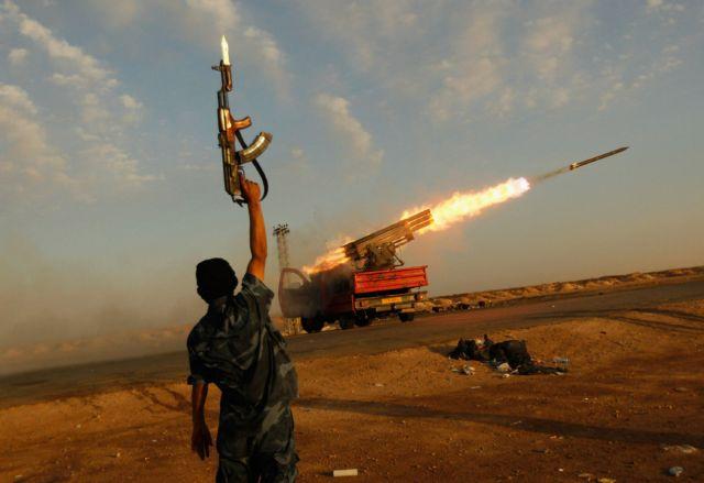 Η Λιβύη κινδυνεύει να γίνει η Σομαλία της Μεσογείου   tovima.gr