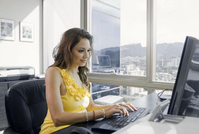 Ψάχνουν δουλειά στο εξωτερικό αλλά νοσταλγούν τον ήλιο | tovima.gr