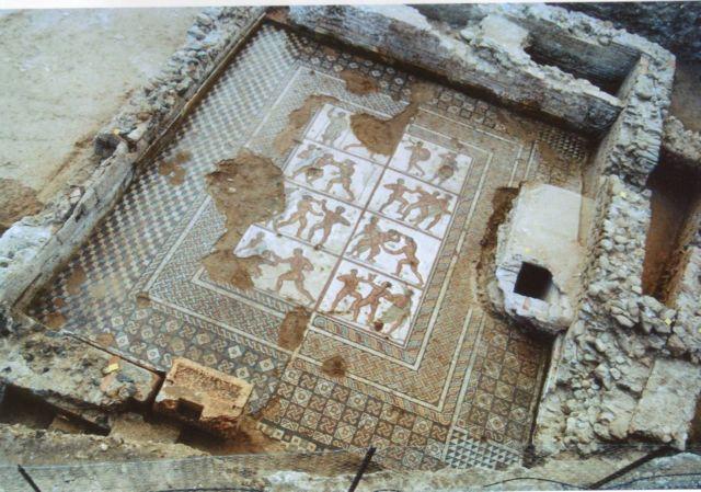 Αρχαία ψηφιδωτά στα  λουτρά της «Αράπισσας» στη Σπάρτη   tovima.gr