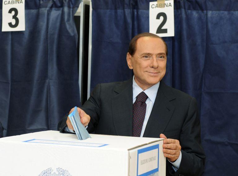 Ηττημένη η κεντροδεξιά και στην Ιταλία δείχνουν οι δημοτικές εκλογές | tovima.gr