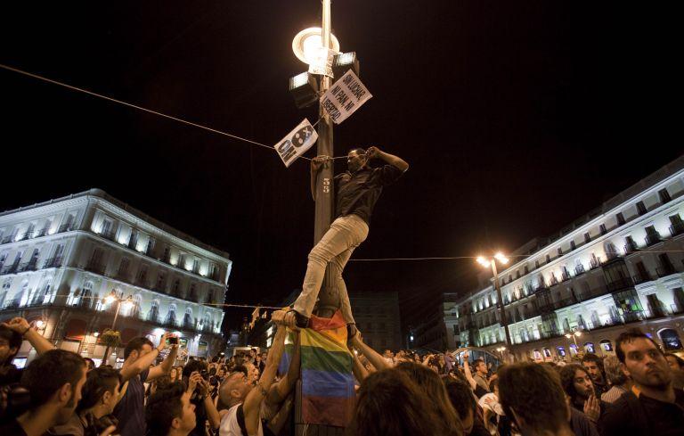 Μαδρίτη: Η Πουέρτα δελ Σολ η νέα «πλατεία Ταχρίρ»   tovima.gr