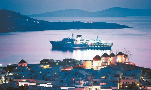 «Άλωση» του Αιγαίου με τουριστικές εγκαταστάσεις | tovima.gr