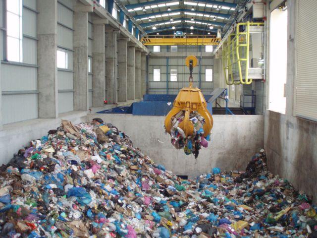 Σγουρός: Συμφέροντα δεκαετιών οι αντιδράσεις για τα σκουπίδια | tovima.gr