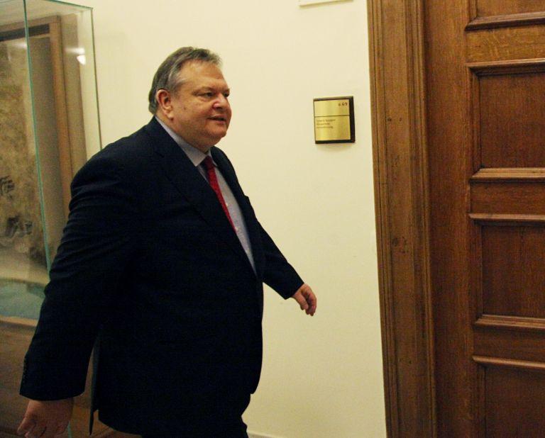 Συνάντηση Βενιζέλου με Προβόπουλο   tovima.gr