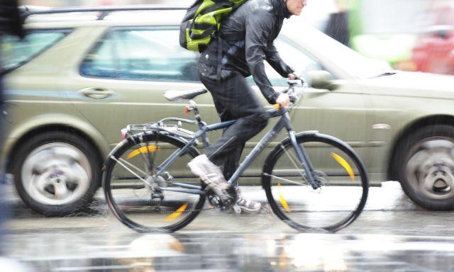 Χανιά: Βρήκαν τον οδηγό που χτύπησε και εγκατέλειψε ποδηλάτη | tovima.gr