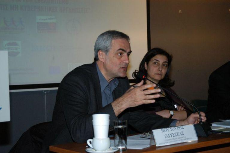 Οδ. Βουδούρης : «Κομματική αναδίπλωση ο ανασχηματισμός» | tovima.gr