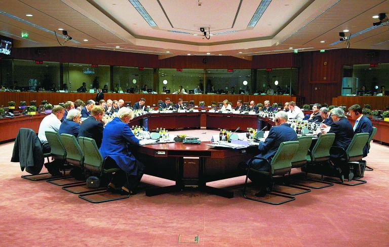 Financial Times: Η ΕΕ θα έχει λόγο στους προϋπολογισμούς της Ευρωζώνης | tovima.gr