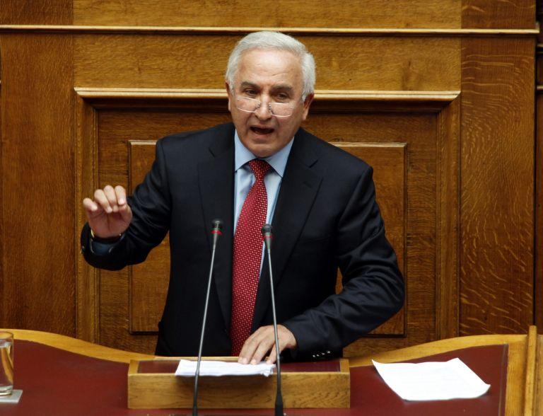 Αλ. Αθανασιάδης: Δέχθηκα απειλές για να ψηφίσω το Μεσοπρόθεσμο   tovima.gr