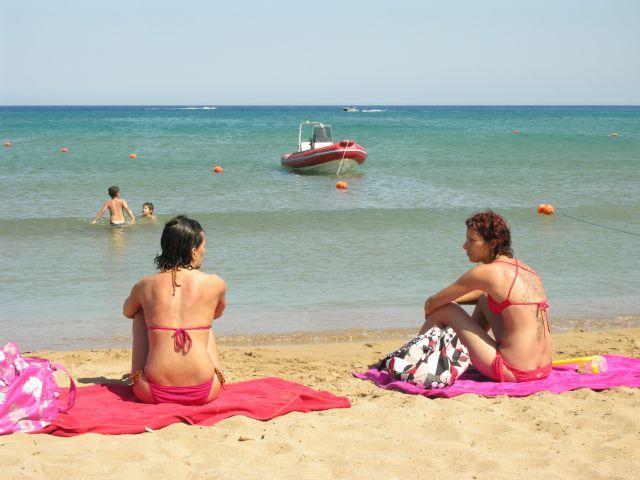 Ενας στους δύο Γάλλους δεν θα κάνει διακοπές | tovima.gr