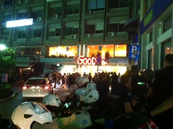 Αντιδράσεις με αφορμή τον προπηλακισμό του βουλευτή Ν. Τσώνη στη Λαμία | tovima.gr