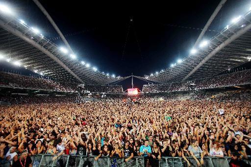 Οι Πυξ Λαξ ενθουσίασαν τους 70.000 θεατές τους   tovima.gr