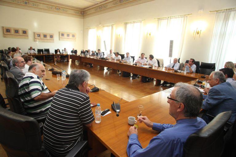 Πρυτάνεις ΑΕΙ: Στα δικαστήρια για τη διαθεσιμότητα των υπαλλήλων τους | tovima.gr
